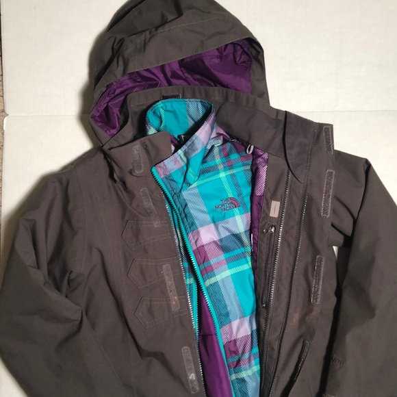 0684bacc3 The North Face TRICLIMATE kids jacket size 10/12